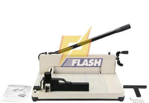 Máy cắt giấy Bosser