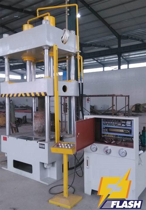 máy ép thủy lực Hitech 200 tấn