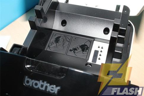 thiết bị in brother ql-700