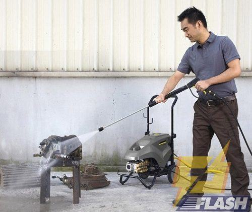 máy rửa xe áp lực cao mini