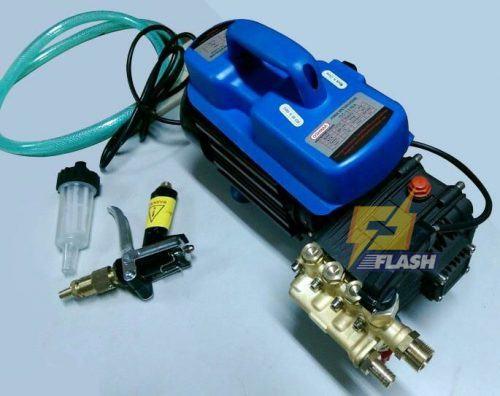 máy phun xịt rửa xe tự hút nước