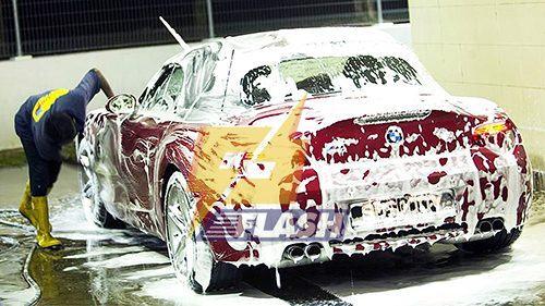 máy rửa xe cao áp bọt tuyết