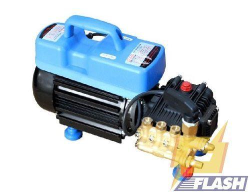 máy phun xịt rửa xe gia đình có tốn điện, nước không