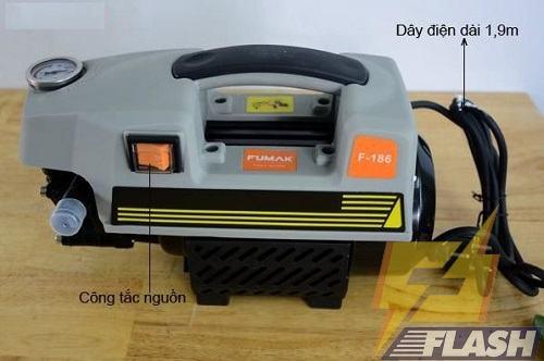 máy phun xịt rửa xe áp lực Trung Quốc