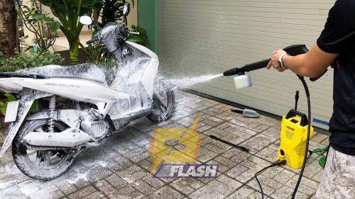 có nên mua máy rửa xe của Đức không