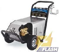 máy rửa xe cao áp 2600PSI