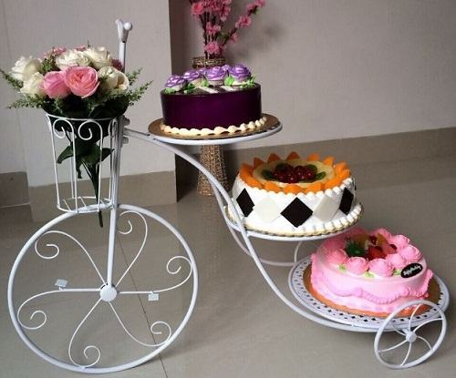 3-tier-wedding-cake.jpg